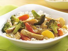Garlic Chicken and Broccoli Stir-Fry > dinner tonight it was so fast,easy and delicious!!
