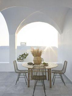 Seascape Suites, Santorini by architectural studio STONES & WALLS