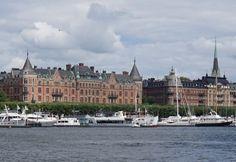 Shortcut Travel Guide to Stockholm, Sweden