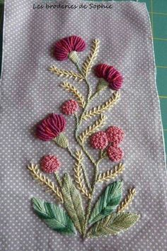 Wonderful Ribbon Embroidery Flowers by Hand Ideas. Enchanting Ribbon Embroidery Flowers by Hand Ideas. Hand Work Embroidery, Embroidery Flowers Pattern, Hand Embroidery Stitches, Silk Ribbon Embroidery, Crewel Embroidery, Hand Embroidery Designs, Embroidery Techniques, Embroidery Kits, Embroidery Needles