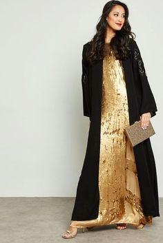 7c17a9063 Modesty never go out of fashion  abaya. Now at Asaan you can follow and