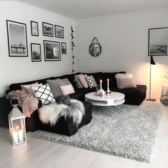 23 Ideas living room sectional apartment pillows for 2019 Living Room Decor Cozy, Living Room On A Budget, Living Room Grey, Home Living Room, Living Room Designs, Black Living Room Furniture, Black White And Grey Living Room, Small Apartment Living, Small Living