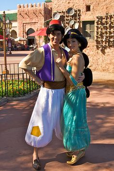 WDW Dec 2008 - Meeting Aladdin and Jasmine - Mayla Disney Cosplay, Disney Costumes, Cosplay Costumes, Costume Ninja, Deer Costume, Cowgirl Costume, Woman Costumes, Mermaid Costumes, Group Costumes