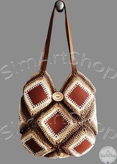 #crochet #crochetbags #grannysquare #grannysquarebag #crochetgrannysquare #handbag #crochetshoulderbag #bohostyle #bohemianbag #leathershoulderbag #unique #uniquebags #handmade #handmadebags #raffiabag #strawtote #vintagestyle #retro #bagsandpurses #onlinebags #freeshipping #brownleatherbag #veganleather #ecofriendly #creambrown #shoulderbag
