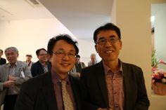 """마음풍경(mindscape) 조용철개인전 cho yong chul exhibition  그는 """"사진은 마음을 담은 그릇""""이라고 말한다. """"슬프면 슬픔으로 담고, 사랑의 눈으로 피사체를 바라보면 사랑을 담는다""""고 말한다.  사진전소개 http://joongang.joins.com/article/053/14557053.html?ctg=  사진집 출간과 함께 5월 1일부터 18일까지 서울 삼청로에 있는 학고재에서 개인전이 열린다. 02-720-1524.  우리들한의원 홈피 Wooreedul Korean Medicine Clinic English HP http://www.iwooridul.com/english 日本語HP http://www.iwooridul.com/japan 中國語 HP http://www.iwooridul.com/chinese 무료앱 free app http://www.iwooridul.com/app-update"""