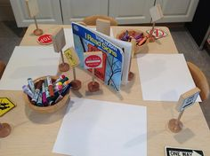 PYP transportation: Sign Making for block area Play Based Learning, Learning Centers, Early Learning, Block Center, Block Area, Reggio Classroom, Classroom Activities, Kindergarten Inquiry, Literacy
