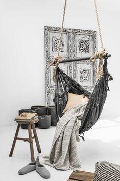 ic mekanda hamak kullanimi boho dekorasyon fikirleri oturma odasi yatak odasi balkonda hamak (7)