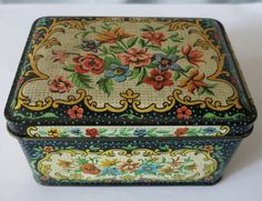Small Vintage Floral Needlepoint Tin - Container Made In England