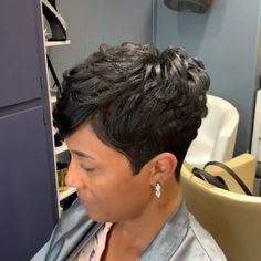 Microlinks and short hair Cut Hairstyles, Black Girls Hairstyles, Hairdos, Short Curly Pixie, Natural Hair Styles, Short Hair Styles, Pulp Riot Hair, Silk Press, Relaxer