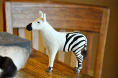 If you are just learning how to needle felt here are some tips to get you started and 5 common needle felting mistakes to avoid.