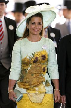 Princess Haya bint Al Hussein attends Day 2 of Royal Ascot at Ascot Racecourse on June 2014 in Ascot, England. (Photo by Max Mumby/Indigo/Getty Images) Princess Haya, Prince And Princess, Jordan Royal Family, Rachel Trevor Morgan, Royal Ascot Hats, Party Queen, Royal Clothing, Kentucky Derby Hats, Royal Fashion