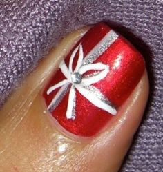 Christmas Xmas nails nail art red white silver