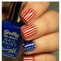 This Fourth of July-inspired nail art is perfectly patriotic!