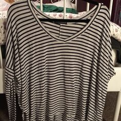 Brandy Melville stripped long sleeve Brandy Melville stripped long sleeve. Used but in good condition. It is a small but will defiantly fit S-L. Brandy is one size fits all. NO TRADES❌❌ Brandy Melville Tops Tees - Long Sleeve