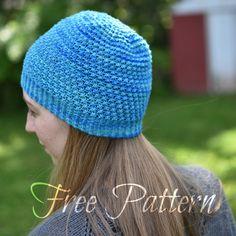 Free lightweight knit hat pattern.