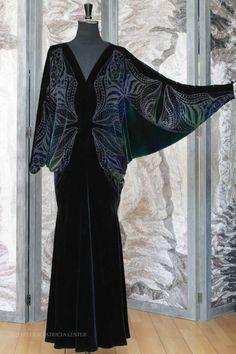 02599-mistress dress-ravenswing-02w