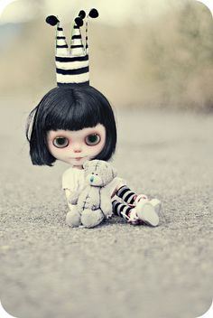Blythe Doll, I'm the princess and you are my royal teddy