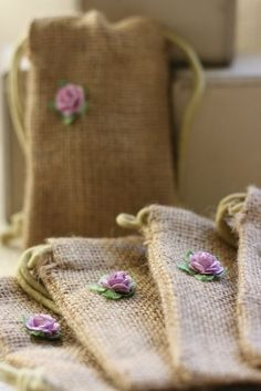 jute burlap gift bags SmALL LaVeNdEr wedding by papermoonbyKAT Burlap Projects, Burlap Crafts, Fabric Crafts, Sewing Crafts, Craft Projects, Sewing Projects, Handmade Crafts, Diy And Crafts, Arts And Crafts
