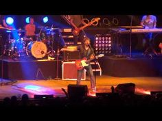 Billy's whole concert from the Arizona State Fair.......LOVE :)