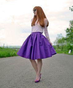purple a line skirt, bought this for fall. WIll pair with jewel toned top, or fitted turtleneck, black kitten heels and textured tights Redhead Fashion, Arab Fashion, Uk Fashion, Retro Fashion, Autumn Fashion, Vintage Fashion, Sporty Fashion, Fashion Women, Home Design