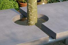 garden table concrete and steel  tuintafel in beton met steigerpijpen