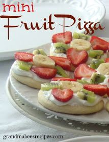My Favorite Things: Mini Fruit Pizzas from Grandma Bee's Recipes