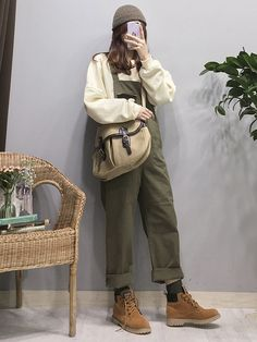 Korean Fashion Trends you can Steal – Designer Fashion Tips Korean Girl Fashion, Ulzzang Fashion, Korean Street Fashion, Asian Fashion, Look Fashion, Fashion Outfits, Womens Fashion, Fashion Trends, Fashion Ideas