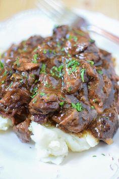 Cooker Sirloin Beef Tips in Mushroom Gravy Slow Cooker Sirloin Beef Tips in Mushroom Gravy!Slow Cooker Sirloin Beef Tips in Mushroom Gravy! Crock Pot Slow Cooker, Crock Pot Cooking, Slow Cooker Recipes, Crockpot Recipes, Cooking Recipes, Slow Cooker Steak, Cooking Ribs, Cooking Games, Sirloin Tips