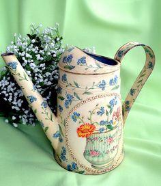 Лейка http://dcpg.ru/blogs/5002/ Click on photo to see more! Нажмите на фото чтобы увидеть больше! decoupage art craft handmade home decor DIY do it yourself watering can