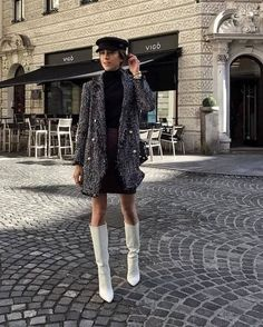 Style Me Pretty 23 Polished Knee High Boots Outfit Ideas for Women – SheIdeas Items such as artifici Black Knee High Boots Outfit, White Boots, Fashion Models, Fashion Outfits, Stylish Outfits, Preppy Outfits, Fashion 2018, Winter Fashion, Women's Fashion