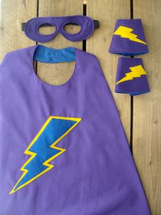 Superhero Cape Set Kids cape mask and cuffs by AllThatIsBRAW Superhero Cape Pattern, Superhero Dress Up, Superhero Costumes Kids, Superhero Capes, Sewing Projects For Kids, Sewing For Kids, Diy For Kids, Fancy Dress For Kids, Kids Dress Up