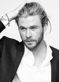 Chris Hemsworth... yes, please.