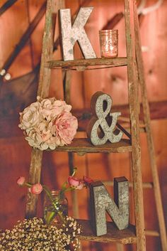 Shabby & Chic Vintage Wedding Decor Ideas ❤ See more: http://www.weddingforward.com/shabby-chic-vintage-wedding-decor-ideas/ #wedding #decor #vintage