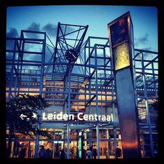 Station Leiden Centraal in Leiden, Zuid-Holland