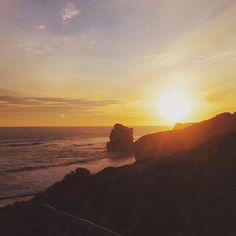 Sunset at 12 Apostles Great Ocean Road - Melbourne Australia #melbourne #australia #mel #vic #sunset #nice #view #igers #instadaily #insta #oz #aussie #greatoceanroad #12apostles #scenic by ttsteve_t http://ift.tt/1ijk11S