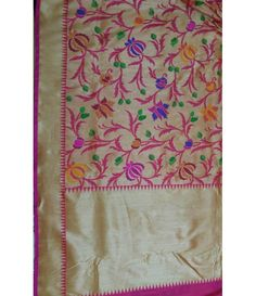 Off White Handloom Banarasi Katan Silk Saree---- UACCC----Banarasi saree-reminds us of the royal Rajput era when women would adorn themselves in this elegant Banarasi Silk Sarees. These are specialty of Banaras city and makes the perfect wedding trousseau saree. Sarees from luxurionworld.com