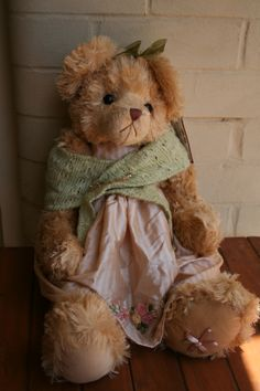 FELECIA has very soft golden fur and has beautiful embroidery on her dress.  Her shawl is held on with a jewelled pin. As with all Setler Bears her foot is also embroidered.  Normally A$99 now on special. SHIP WORLDWIDE Email: mailto:toodledoo@bigpond.com www.settlerbearsaustralia.com.au,  Mobile: 0433 253 800  Toodle Doo - the MAGIC place to shop!