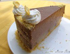 Tort de kefir cu nuga si pere Kefir, Cheesecake, Pudding, Dishes, Desserts, Food, Cakes, Drink, Pie