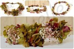 collage CORONA VERDE GRANATE MARCA AGUA NOVELLE Flower Crown, Floral Wreath, Wreaths, Table Decorations, Flowers, Home Decor, Green Wreath, Floral Crowns, Boyfriends