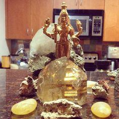 #jupiter is the #planet ruling #thursday -- #citrine #yellow #topaz #jyotish #vedic #astrology #guru   http://yogaenergy.me/ytt/
