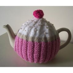 """This pattern lets you make my cute """"Cupcake"""" tea cosy for your very own teapot. Every teapot deserves a nice jumper to keep it warm and every tea table deserves a bit of prettiness. Tea Cosy Knitting Pattern, Tea Cosy Pattern, Knitting Patterns Free, Free Knitting, Free Pattern, Knitted Tea Cosies, Origami, Crochet Geek, Mugs"""