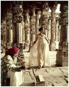 The Pillars of Quwwat-Ul-Islam Mosque at dusk, Delhi, India, Vogue, 1956 - Photo Norman Parkinson