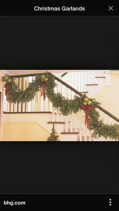 Swooping bows of garland