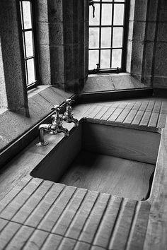 Castle Drogo: Sink - E.L. Lutyens