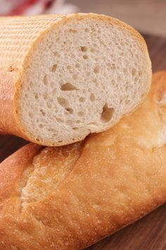 French Bread – Easy Homemade No Yeast Quick French Bread – BEST Bread Recipes – Yeastless - Yeast Free DIY Baking - stay home for your health Artisan Bread Recipes, Healthy Bread Recipes, Yeast Bread Recipes, Cornbread Recipes, Jiffy Cornbread, Gluten Free French Bread, Homemade French Bread, Easy French Bread Recipe, Homemade Breads