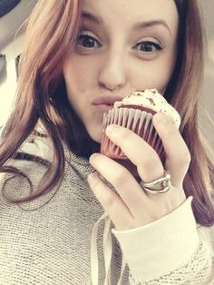 Jennifer Pappas with a Cupcake! Female Dancers, The Next Step, Perfect Couple, Celebrities, Family Channel, Brittany, Chloe, Bae, Cupcake