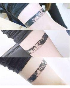 Super Cool Bracelet Deisgn Tattoo (106)