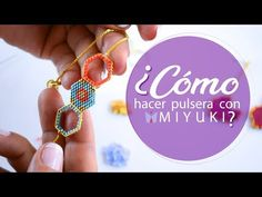 Técnica PEYOTE con MIYUKI- Paso a paso - YouTube Beaded Rings, Beaded Jewelry, Bracelet Crafts, Bracelets, Earring Tutorial, Brick Stitch, Beading Tutorials, Beaded Flowers, Bead Weaving