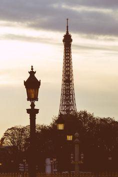 Parisian Icon by Jose Vazquez on 500px