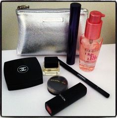 What's In My Make-Up Case? http://thefashioncatalyst.com/site/2013/03/whats-in-my-tiffany-and-co-cosmetic-case/